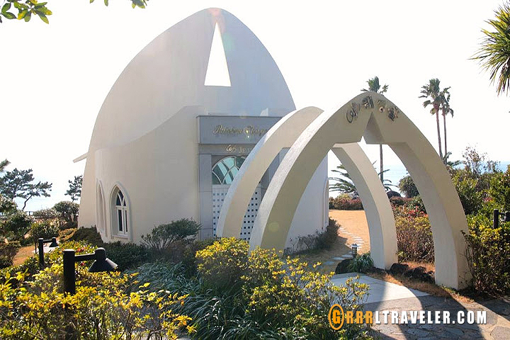 Top 8 Things to Do on Jeju Island, sex museum jeju island, jeju island attractions, jeju island museums, travel jejudo, travel jeju, jeju island tourism, natural attractions jeju, jeju hiking trails, jeju ole trails, korean drama locations jeju, jeju island film locations, boys over flowers film location