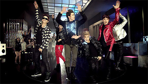 2pm hand's up video, kpop boy bands, popular kpop boy band 2pm