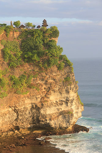 10 Awesome sights to inspire your next trip to Bali, Uluwatu Temple, top 10 sights to see in bali