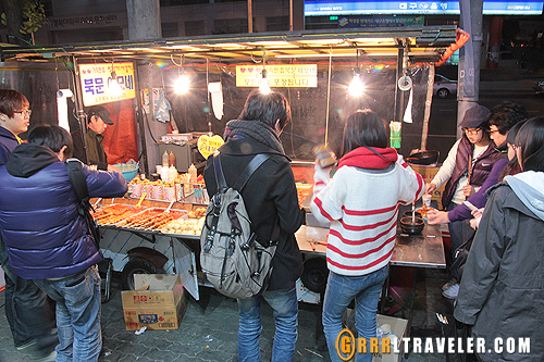 street food korea, outdoor food vendors in korea asia