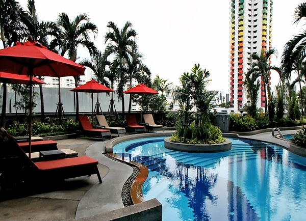 hotel pools, Executive Suites at Amari Hotel Bangkok, best hotels in bangkok, luxury hotels bangkok, top hotels bangkok