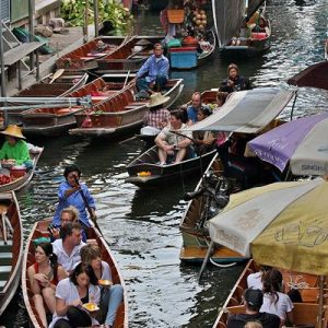 damnoen saduak floating market bangkok, popular floating markets in thailand, famous floating markets in thailand, thailand attractions