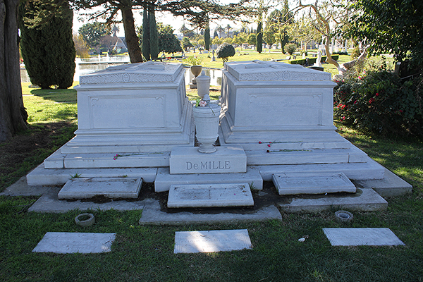 Cecil B DeMille grave, Hollywood Forever Cemetery, Hollywood Forever Cemetery, weird museums los angeles, things to do los angeles, weird museums los angeles