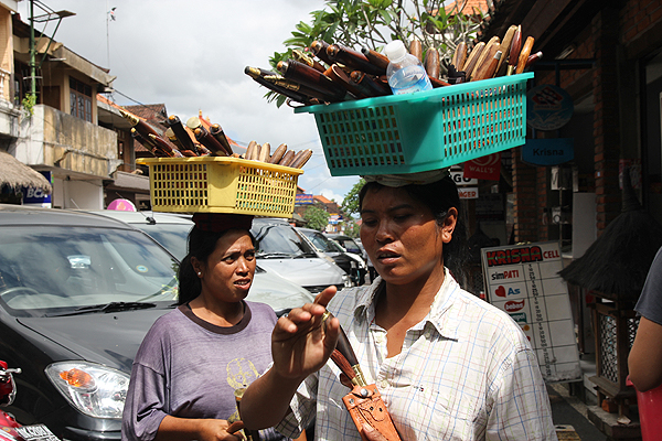 bali touts, shopping in bali, where to shop ubud, ubud shopping bali