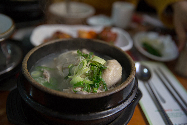 samgyetang, what to try in Korea, must try foods in Korea, must try Korean dishes