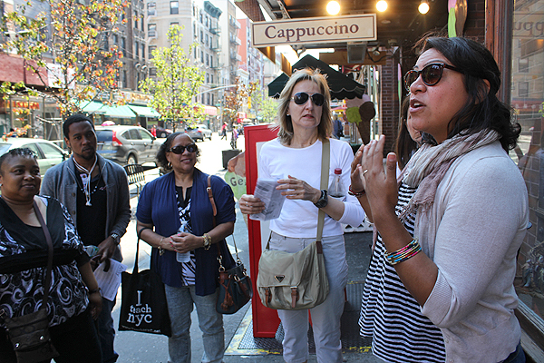 Our guide talks about Chinatown