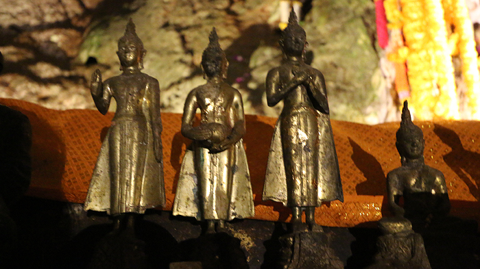 chiang dao cave shrines