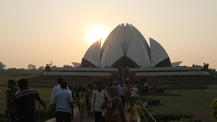 Things to do in Delhi, delhi taxi, delhi tourism, backpacking india, top attractions in delhi