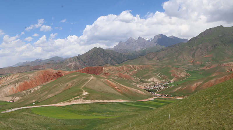 Zall Mountains, Qilan China