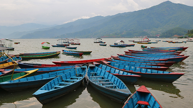 boats on phewa lake, pokhara, travel guide pokhara, things to do in pokhara
