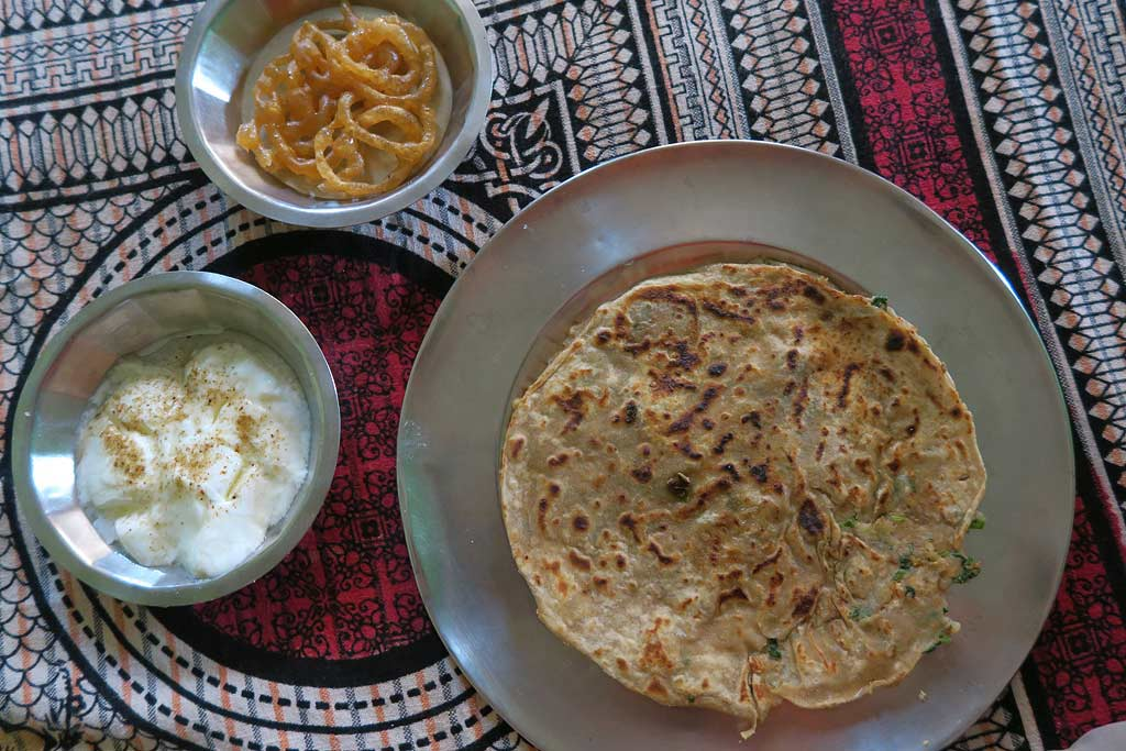 Indian etiquette, common indian foods