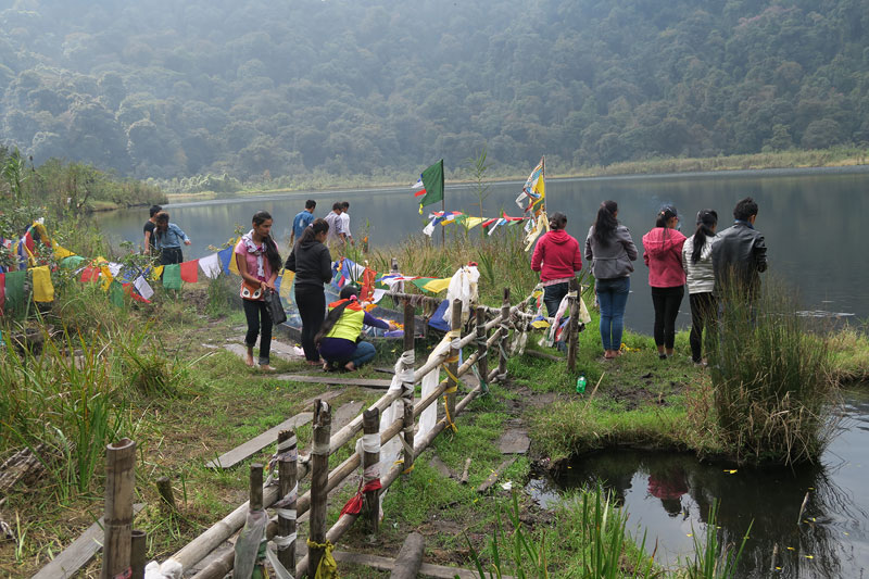 Sikkim Travel Guide, Kecheolpuri Lake,