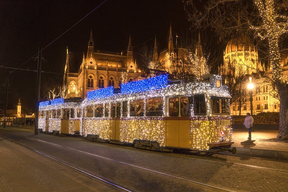 Budapest Christmas Tram Number 2, budapest travel guide, best things to do budapest