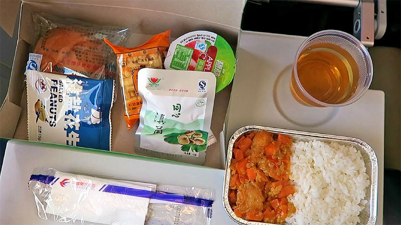 China Eastern Airlines Review : Is it the best budget