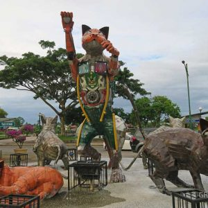 kuching cats, best thing to do in kuching, kuching travel guide, kuching sarawak