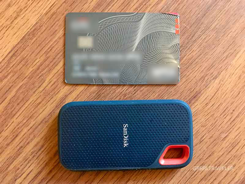 SanDisk Extreme Portable SSD vs Credit card